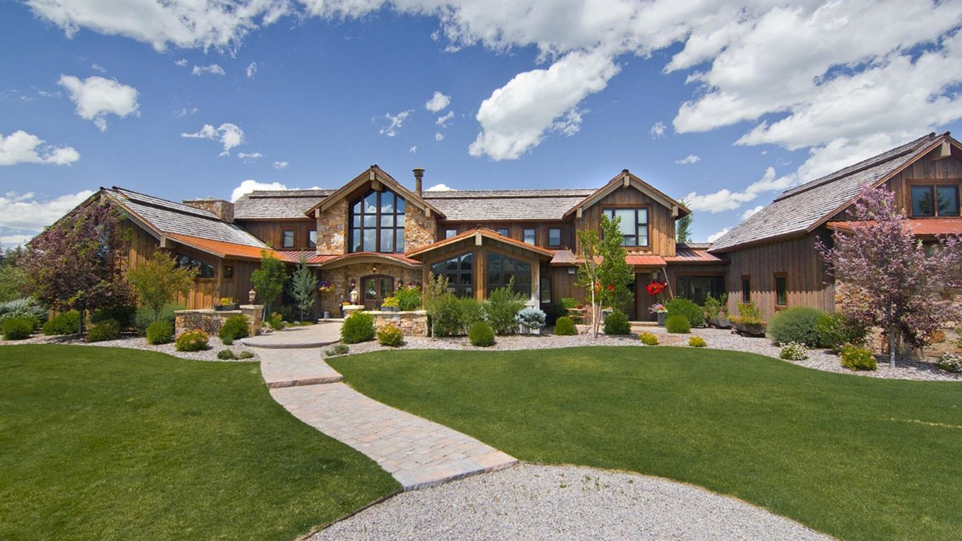 exterior view of jackson hole wyoming mansion